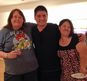 EC artists Hilda Cotta (l) and Maria Chavez (r) with local performer and EC friend Moon Trent